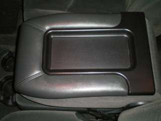 NOS Chevy Tahoe Silverado Avalanche Console Lid New GM