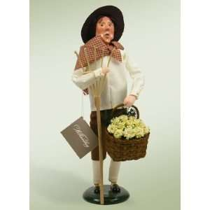 Byers Choice Carolers   Colonial Spring Man with Rake
