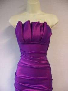 Betsy & Adam Fuschia Strapless Stretch Taffeta Ruched Formal Gown