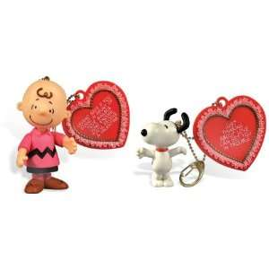 Valentine Charlie Brown Snoopy & Charlie Mini Figures w/ Charms  Toys