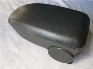 Ford FOCUS 00 07 Center Console Armrest lid CHARCOAL